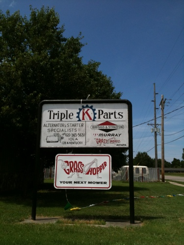 "Sign for an auto parts store called ""Triple K Parts"""
